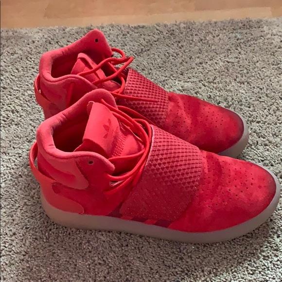 new product bc713 d6291 Boys adidas red Tubular Invader Strap 3 hightops